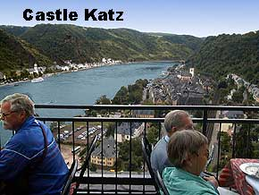 Terrace from Schlosshotel Rheinfels with view of the Rhine river, St. Goar, St. Goarshausen and Castle Katz, � 1999, WHO